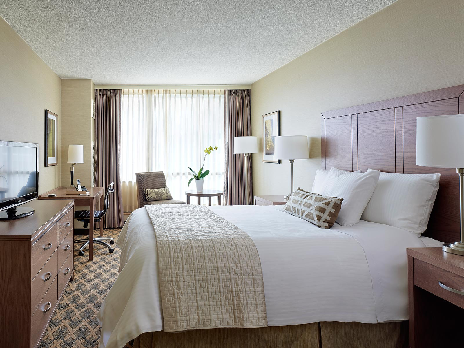 Best ideas about 2 Bedroom Suites . Save or Pin Two Bedroom Family Suite with Kitchenette Now.