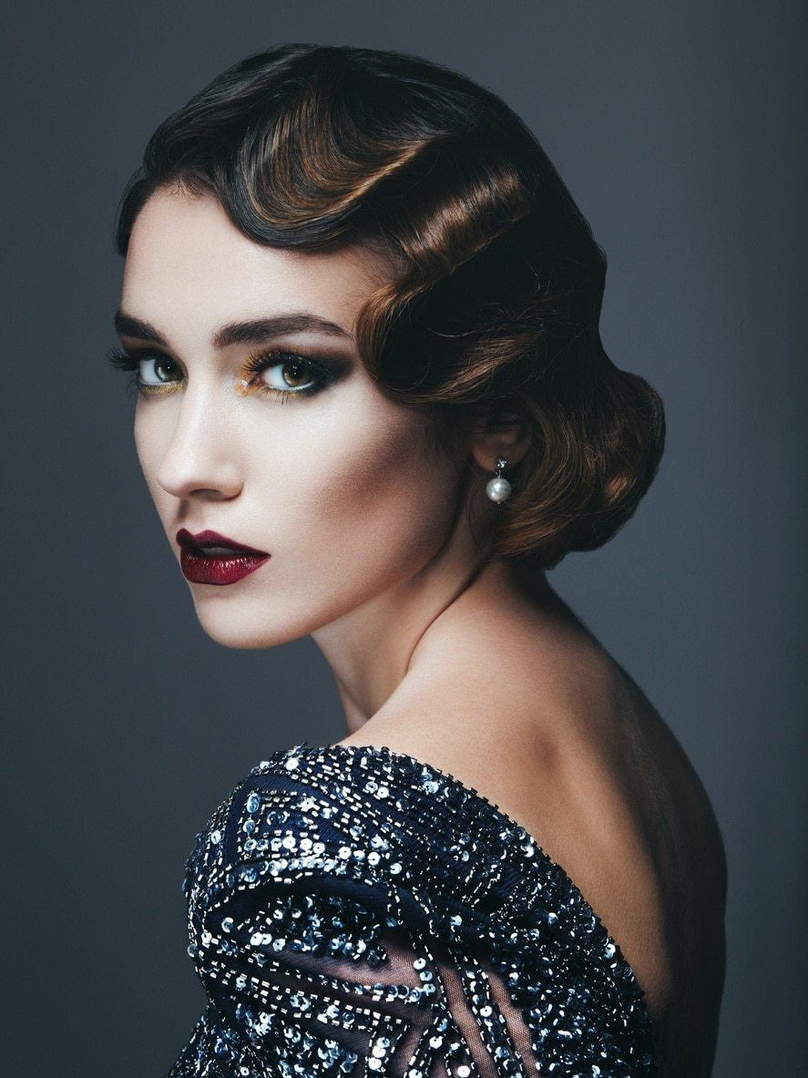 Best ideas about 20S Long Hairstyle . Save or Pin 22 Glamorous 1920s Hairstyles that Make Us Yearn for the Now.
