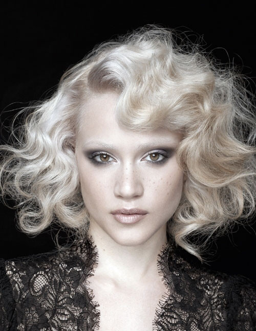 Best ideas about 20S Long Hairstyle . Save or Pin 1920s Hairstyles Ideas That Will Turn You Vintage The Xerxes Now.