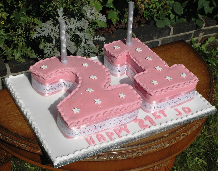 Best ideas about 21st Birthday Cake . Save or Pin 29 June 2011 walah walah Now.