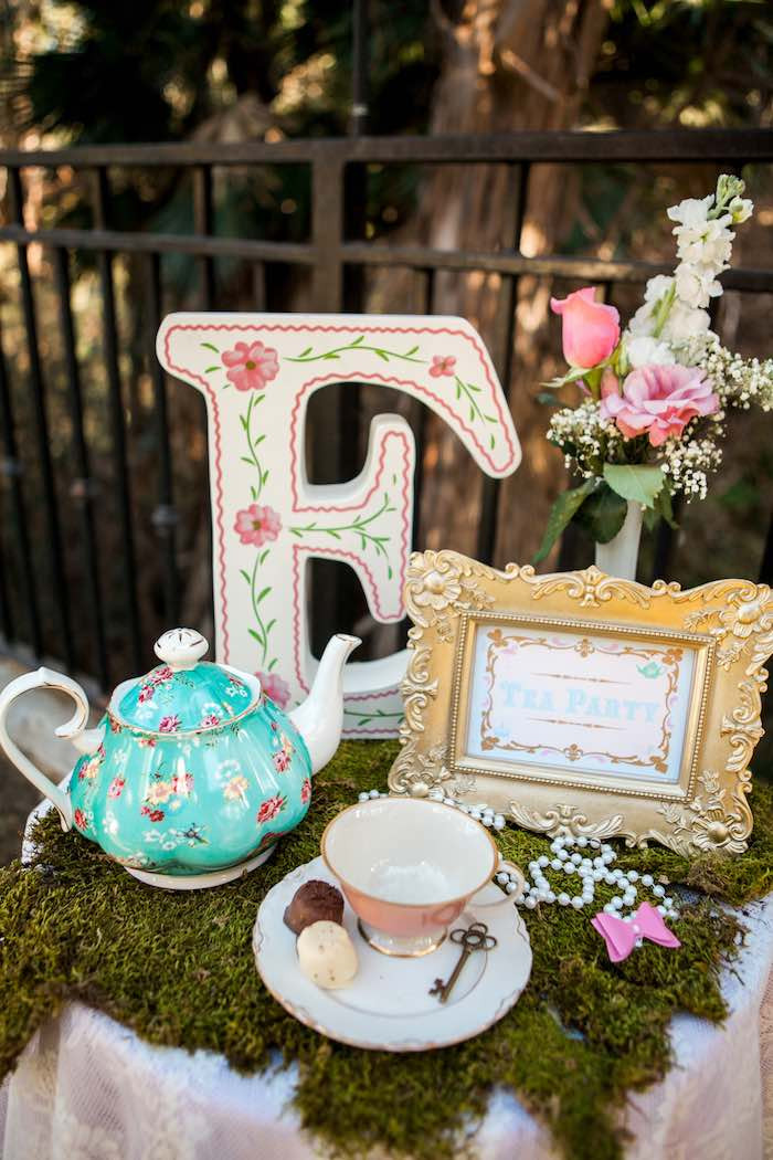 Best ideas about Alice In Wonderland Birthday Decorations . Save or Pin Kara s Party Ideas Shabby Chic Alice In Wonderland Now.