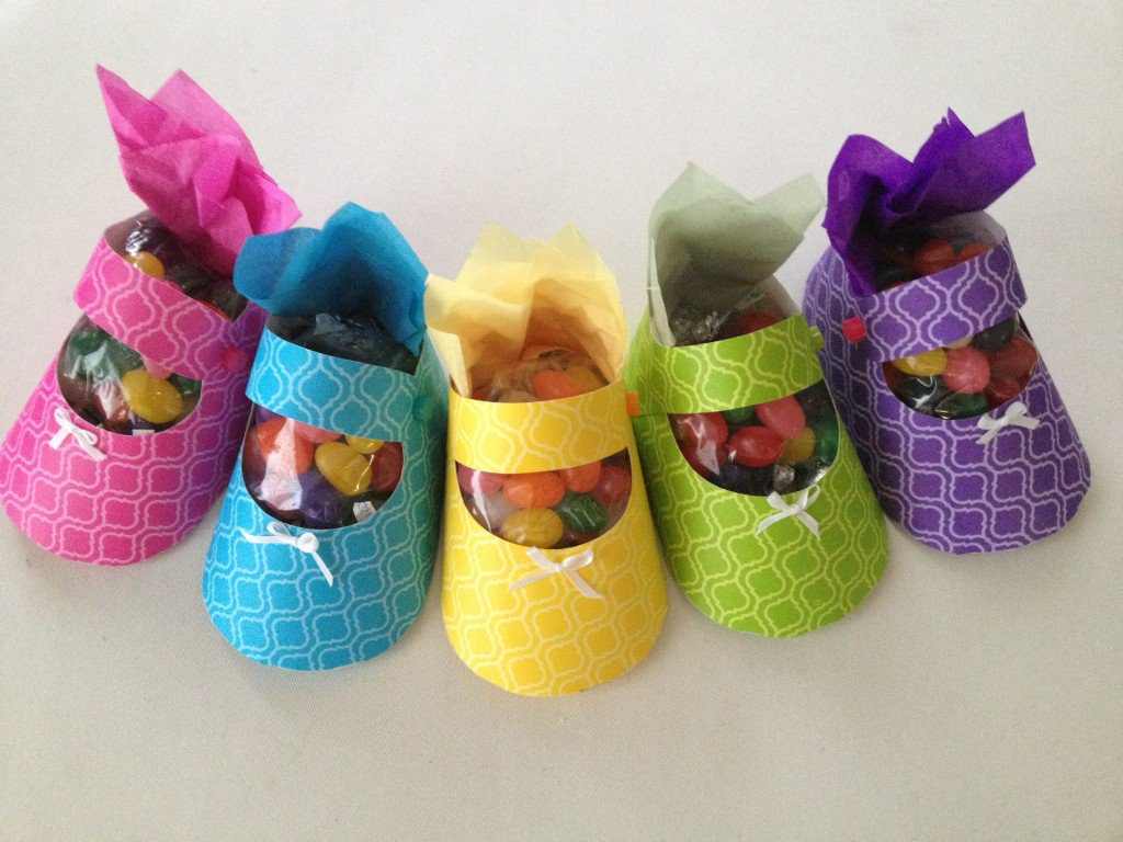 Best ideas about Babies Crafts Ideas . Save or Pin Baby shower favor ideas How to craft a baby shoe Now.
