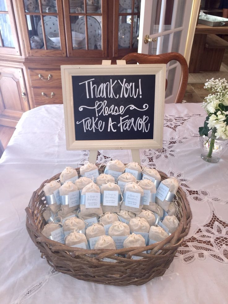 Best ideas about Baby Shower Gift Bag Ideas For Guests . Save or Pin 25 Best Ideas about Baby Shower Souvenirs on Pinterest Now.