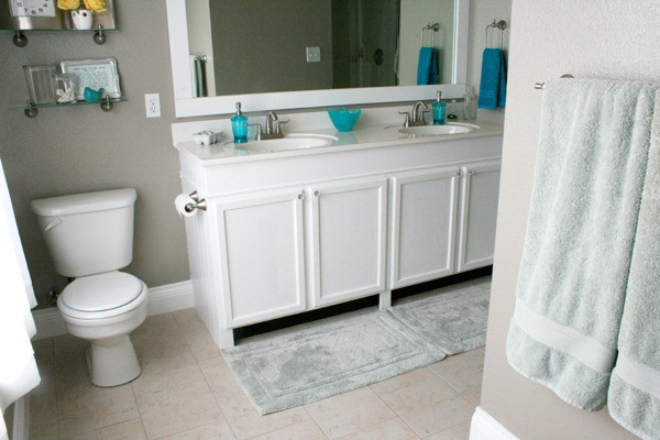 Best ideas about Bathroom Vanity Height . Save or Pin Remodelaholic Now.