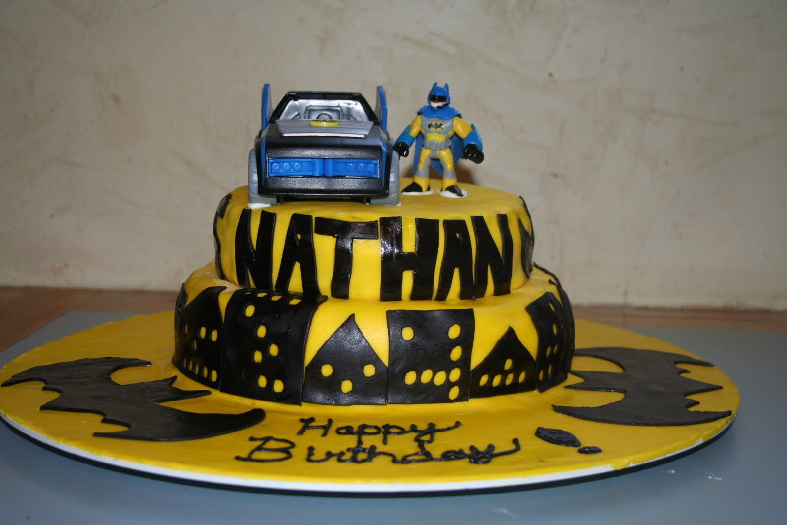Best ideas about Batman Birthday Cake . Save or Pin Kakie s Cakes Batman Birthday Cake Now.