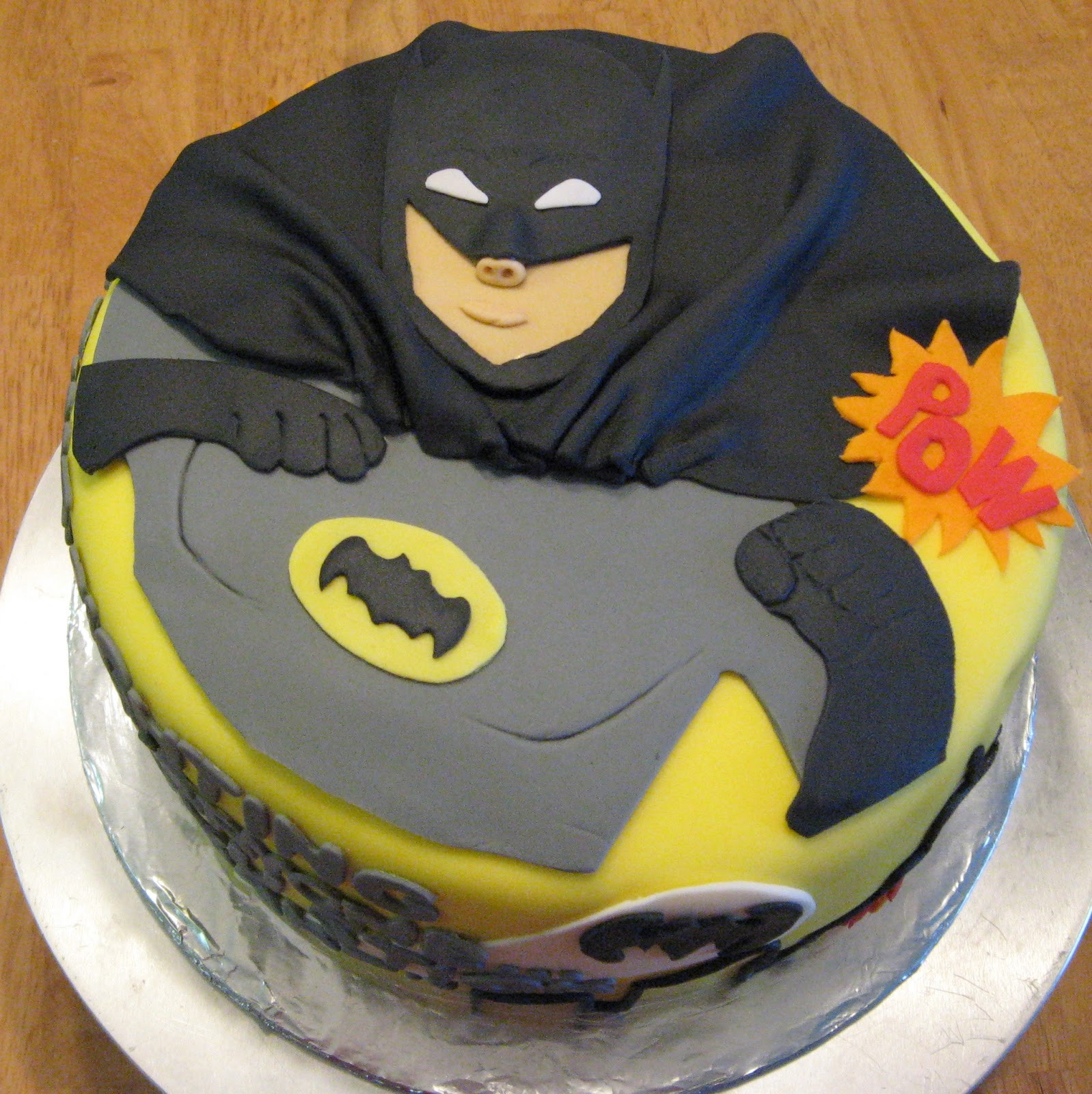 Best ideas about Batman Birthday Cake . Save or Pin Sweet Cakes DC Now.