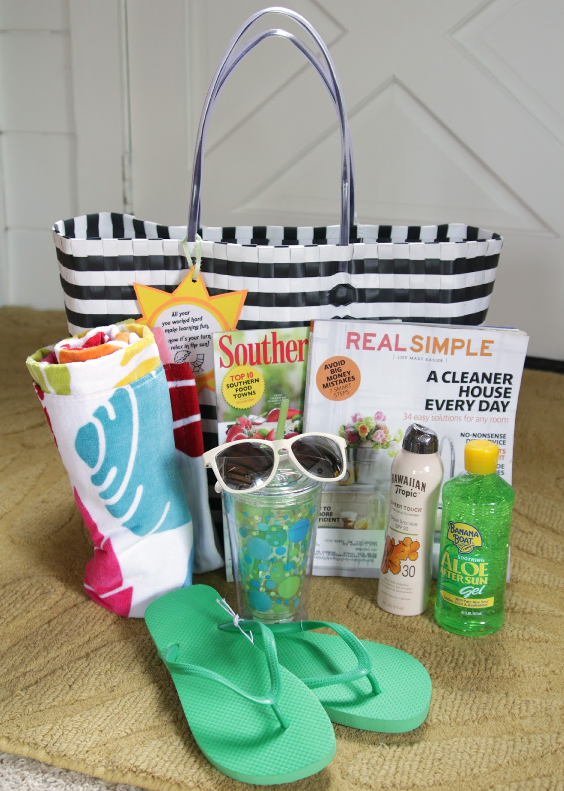 Best ideas about Beach Gift Basket Ideas . Save or Pin Fun in the sun Summer Relaxation kit with free printable Now.