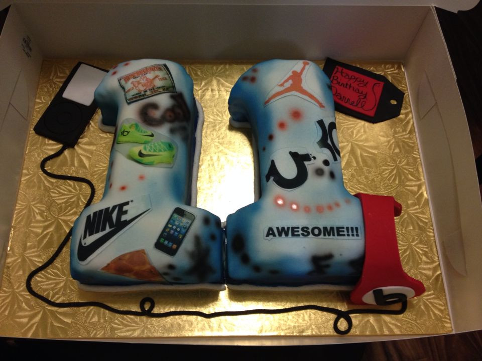 Best ideas about Birthday Ideas For 11 Year Old Boy . Save or Pin Cool 11 year old birthday boy cake Now.