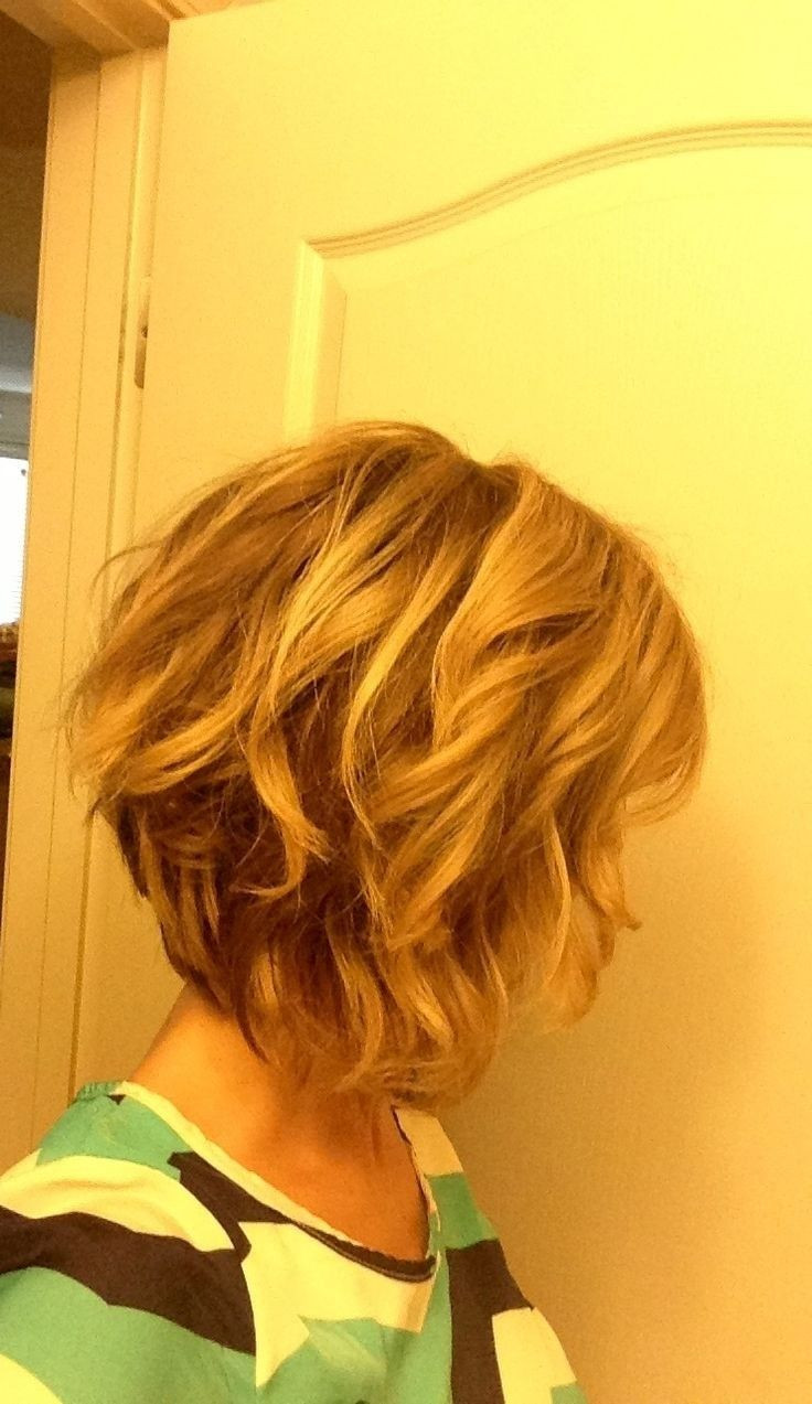 Best ideas about Bob Haircuts For Wavy Hair . Save or Pin 25 best ideas about Wavy bob hairstyles on Pinterest Now.