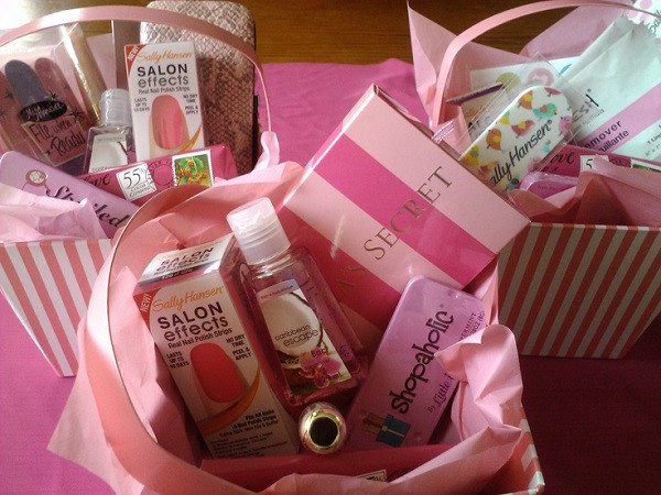 Best ideas about Bridesmaid Gift Ideas Under 20 . Save or Pin Bridesmaid Gifts Under $20 Now.