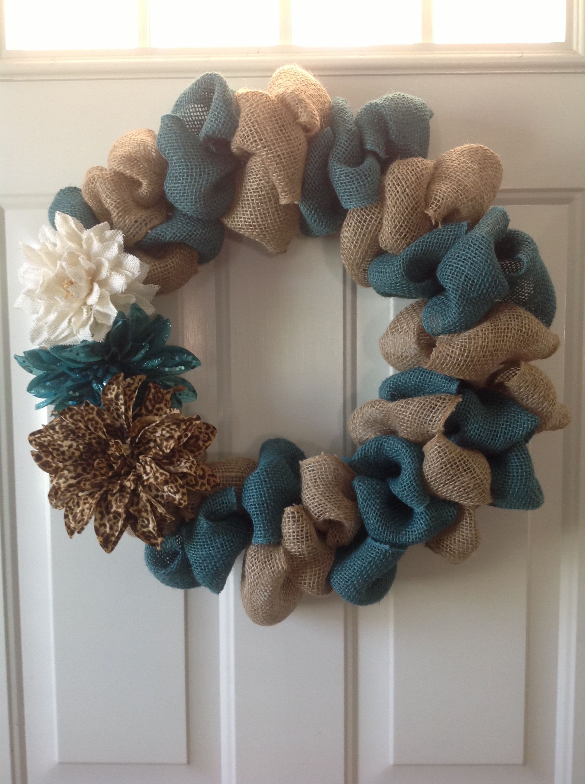 Best ideas about Burlap Wreath DIY . Save or Pin Two toned bubble burlap wreath DIY Pinterest Now.