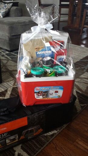 Best ideas about Camping Gift Basket Ideas . Save or Pin Camping basket and tent Smores drink cups flashlight Now.