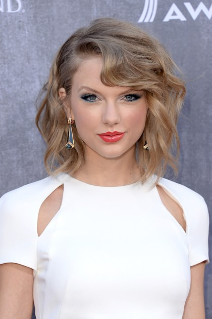 Best ideas about Celebrity Short Hairstyles . Save or Pin Celebrity Short Hair Cuts 2014 Now.