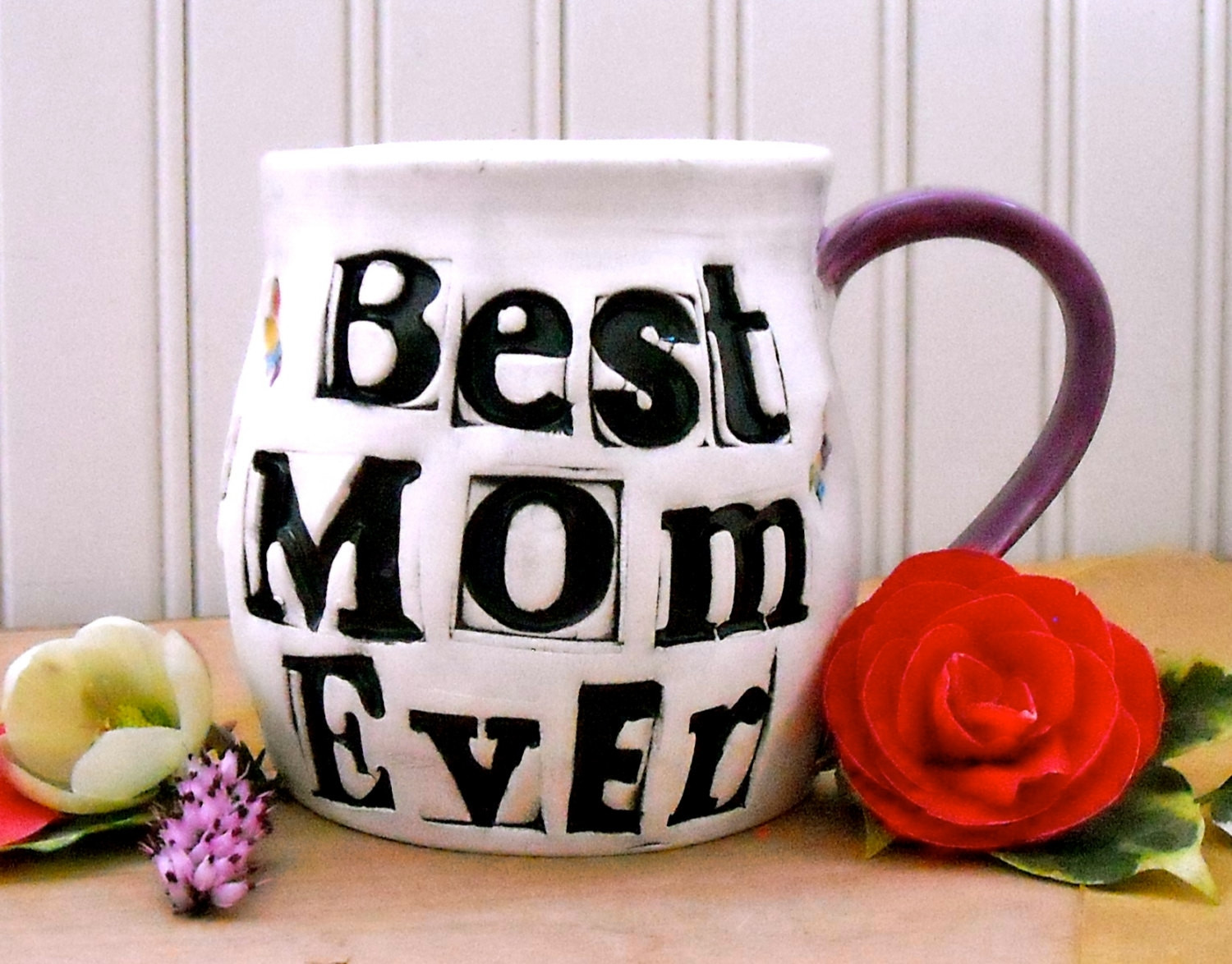 Best ideas about Christmas Gift Ideas Mom . Save or Pin Christmas Gift Ideas for Family Members Cheap List for Now.