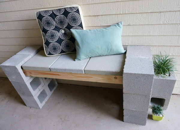 Best ideas about Cinder Block Bench DIY . Save or Pin A Front Porch Makeover Featuring A Cinder Block Bench Now.