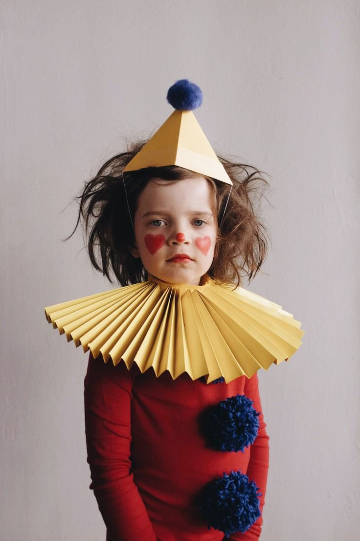 Best ideas about Circus Costumes DIY . Save or Pin 25 Best Ideas about Clown Costumes on Pinterest Now.