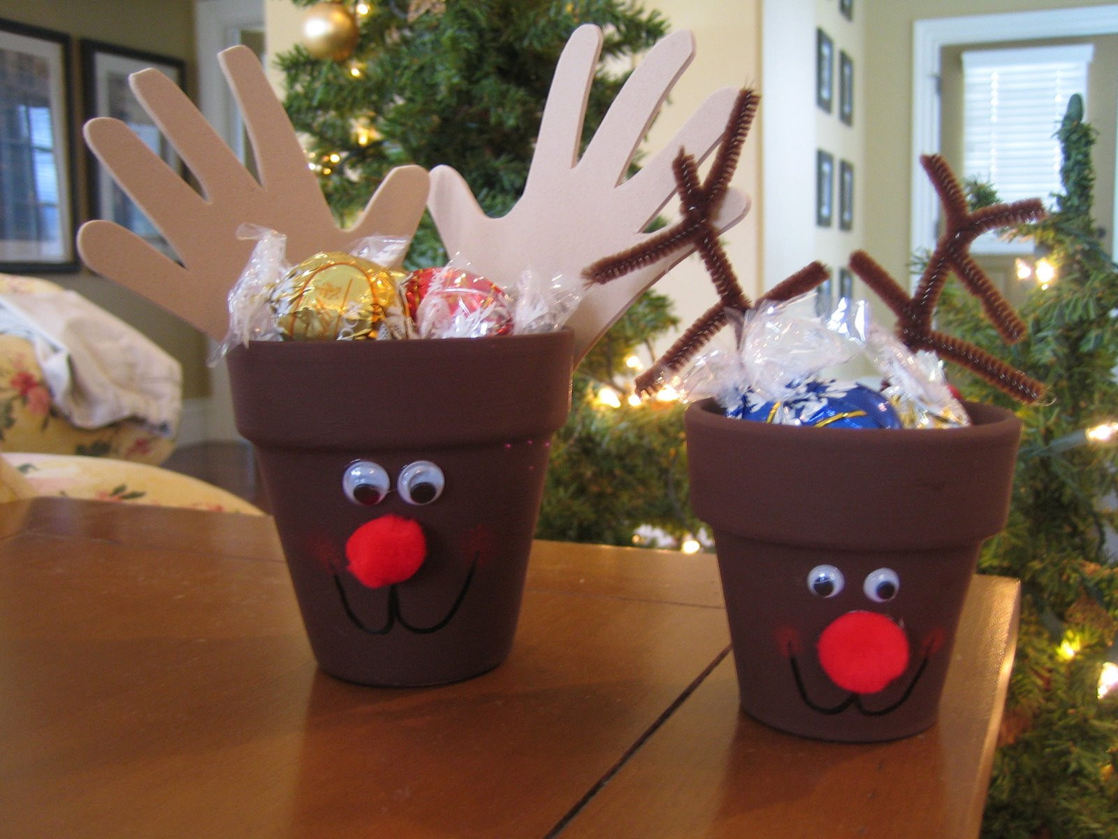 Best ideas about Craft Ideas For Christmas Gifts . Save or Pin Christmas Crafts for kids Now.