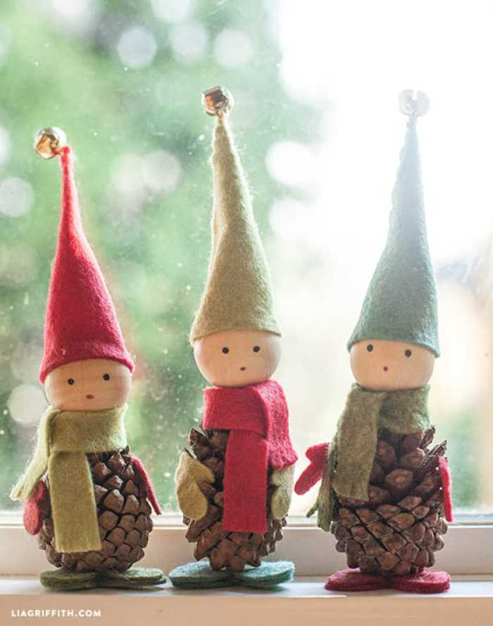 Best ideas about Crafts To Make For Christmas . Save or Pin 40 Creative Pinecone Crafts For Your Holiday Decorations Now.
