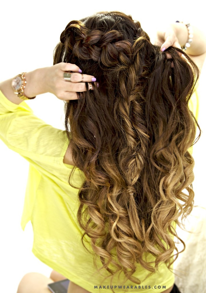 Best ideas about Cute Down Hairstyles For Long Hair . Save or Pin Half up Half Down Hairstyle Cute easy school hairstyle Now.