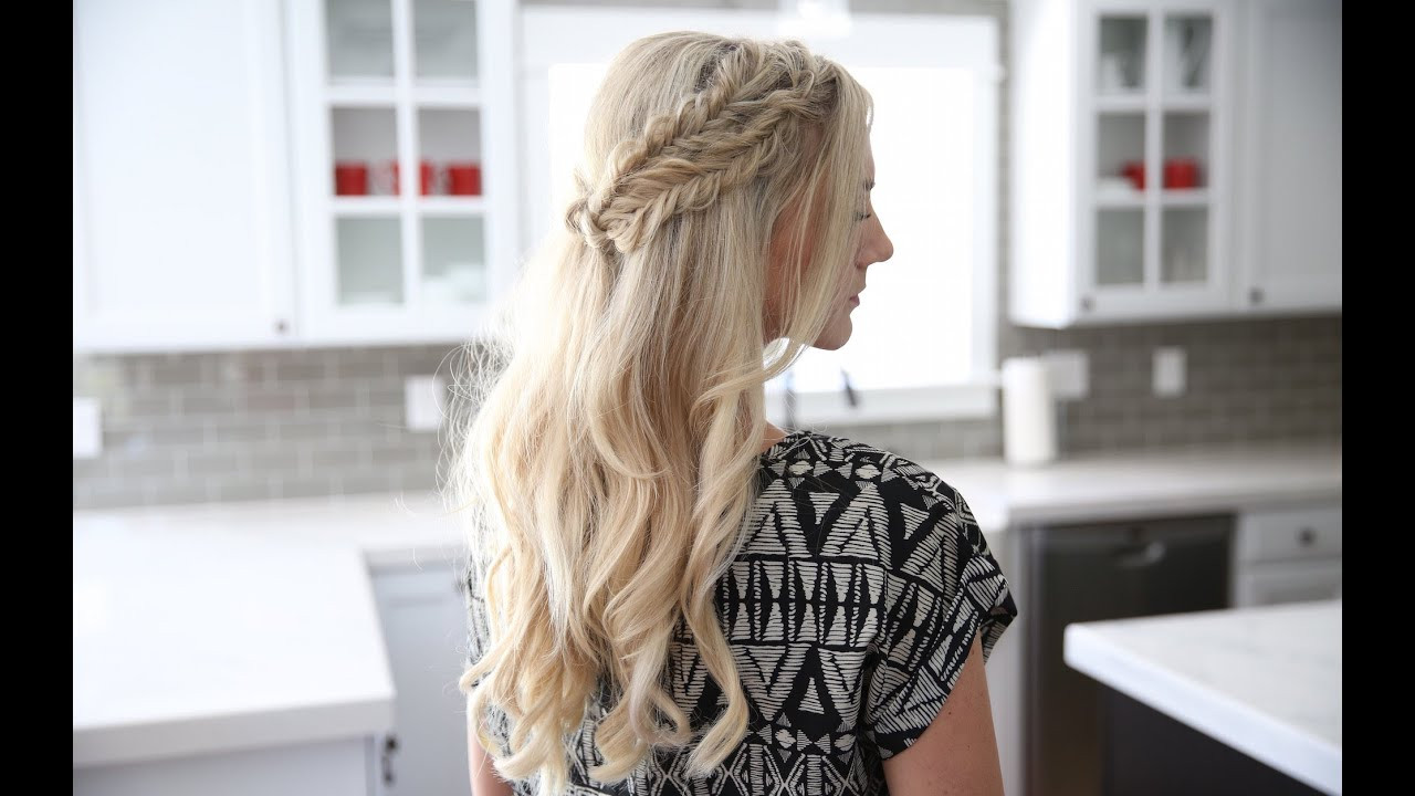 Best ideas about Cute Girl Hairstyles Youtube . Save or Pin Half Up Side Braid DIY Now.
