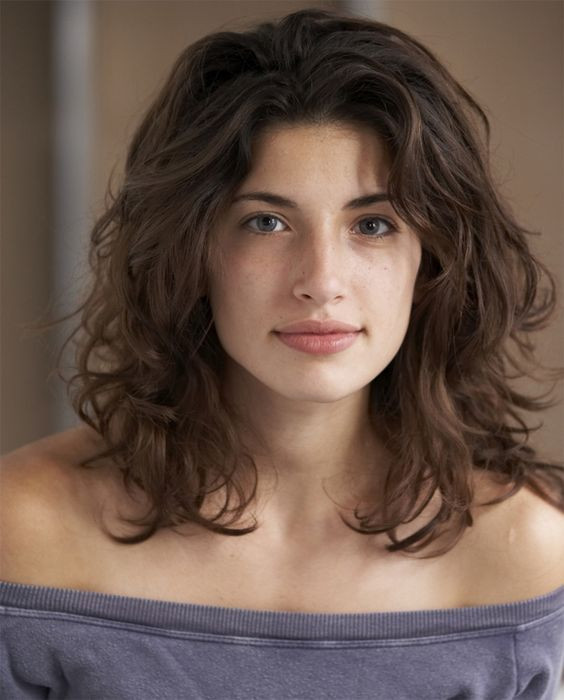 Best ideas about Cute Haircuts For Wavy Hair . Save or Pin 21 Cute Medium Length Wavy Hair for 2017 – 2018 Now.