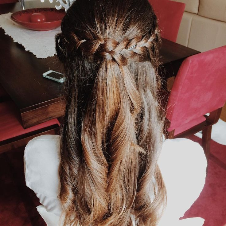 Best ideas about Cute Hairstyles For Concerts . Save or Pin 1000 ideas about Casual Braided Hairstyles on Pinterest Now.