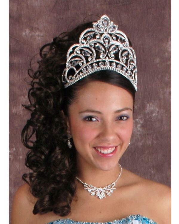 Best ideas about Cute Hairstyles For Quinceaneras . Save or Pin 20 best images about Quinceanera Hairstyles on Pinterest Now.