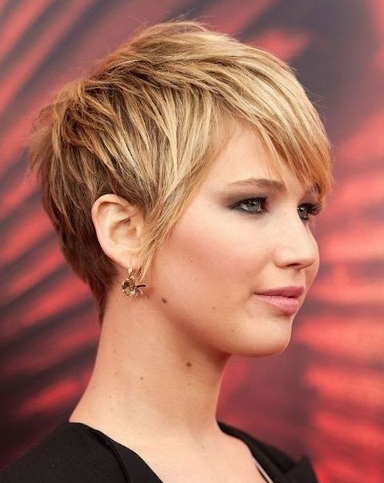 Best ideas about Cute Short Haircuts For Round Faces . Save or Pin 21 Cute Short Hairstyles For Round Faces Feed Inspiration Now.