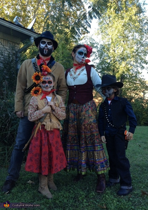 Best ideas about Day Of The Dead DIY Costume . Save or Pin Day of the Dead Family Costume Now.