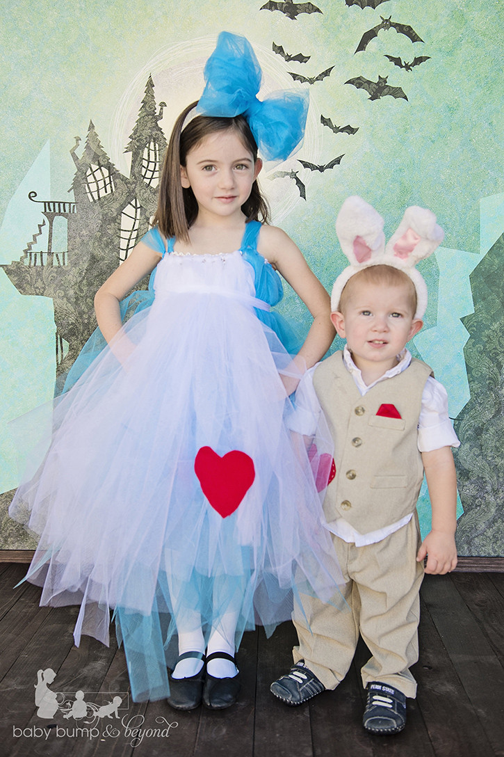 Best ideas about DIY Alice In Wonderland Costumes . Save or Pin 25 Darling DIY Disney Costumes Now.