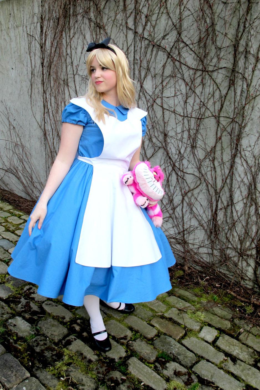 Best ideas about DIY Alice In Wonderland Costumes . Save or Pin Alice in Wonderland Now.