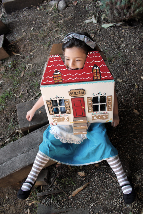 Best ideas about DIY Alice In Wonderland Costumes . Save or Pin DIY Kids Costumes Now.