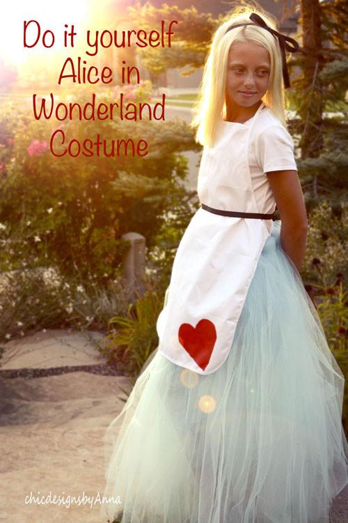 Best ideas about DIY Alice In Wonderland Costumes . Save or Pin DIY Halloween Costume Alice in Wonderland Now.