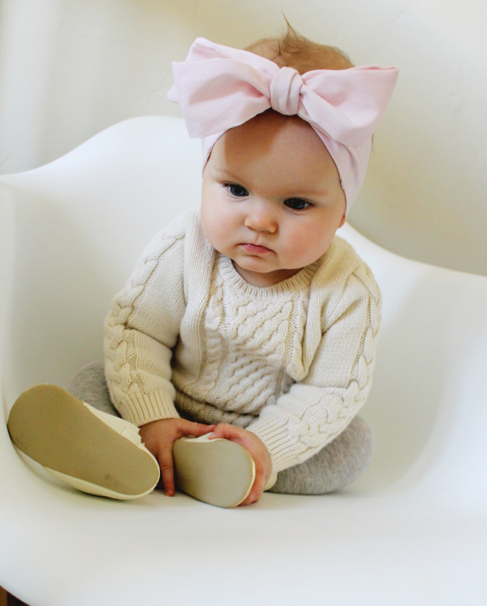 Best ideas about DIY Baby Bow Headband . Save or Pin DIY Baby Oversized Bow Headwraps Now.