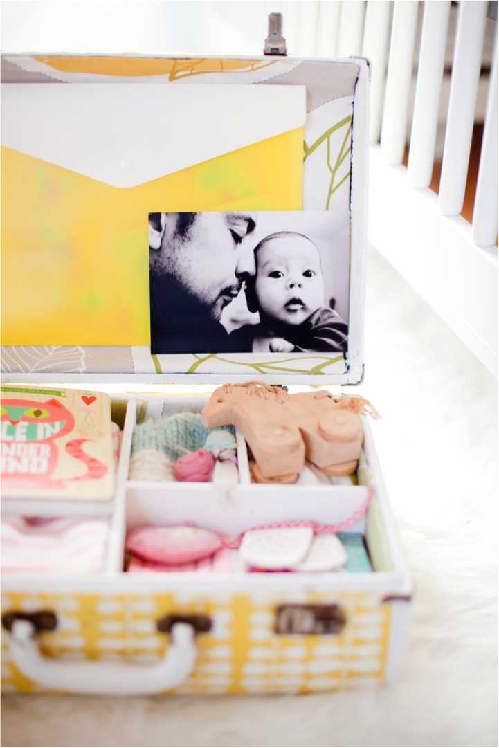 Best ideas about DIY Baby Box . Save or Pin DIY keepsake memory box in Handmade for Baby Now.