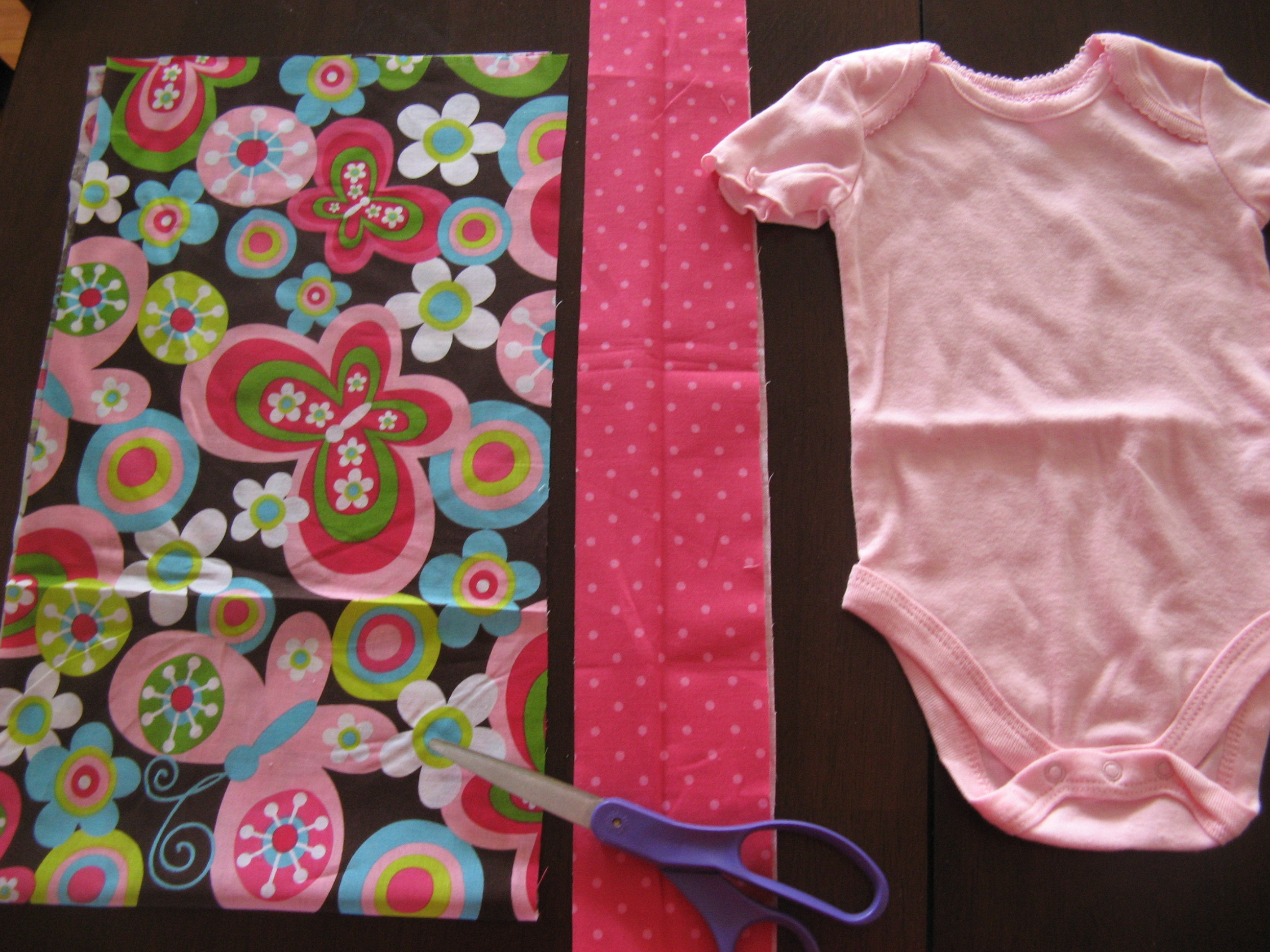 Best ideas about DIY Baby Dresses . Save or Pin DIY baby dress Now.