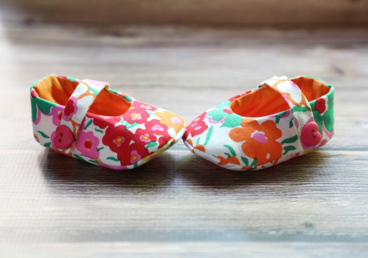 Best ideas about DIY Baby Shoes . Save or Pin Craftionary Now.