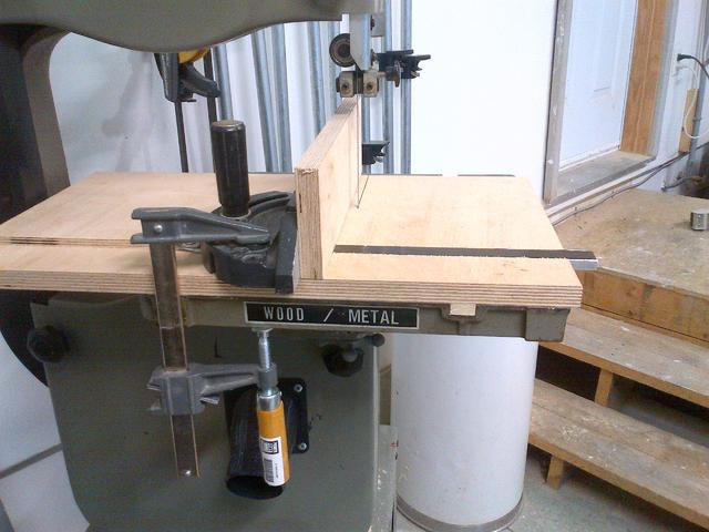 Best ideas about DIY Bandsaw Fence . Save or Pin Quick DIY bandsaw fence Canadian Woodworking and Home Now.