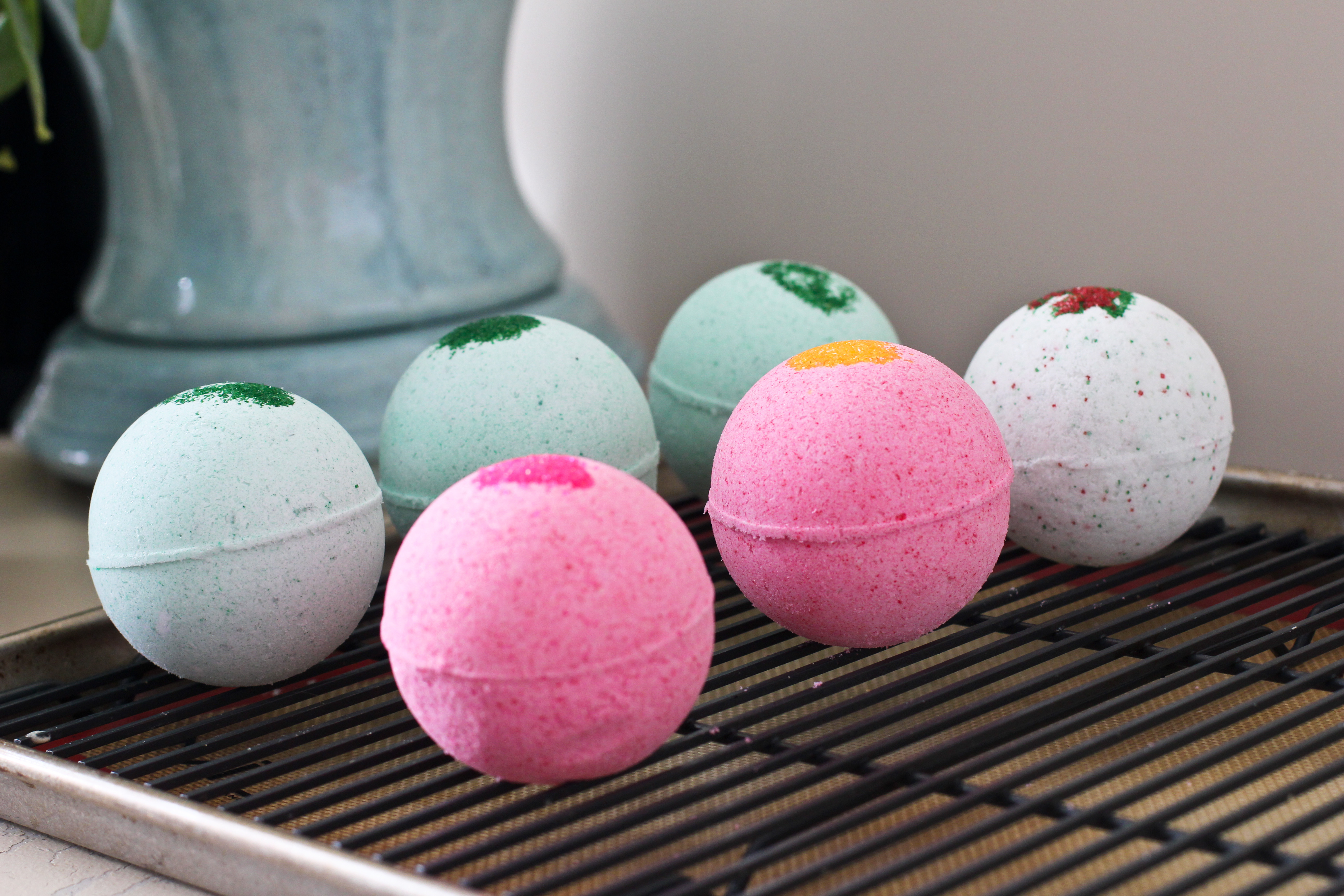 Best ideas about DIY Bath Bomb . Save or Pin Homemade Bath Bombs with Young Living Essential Oils Now.