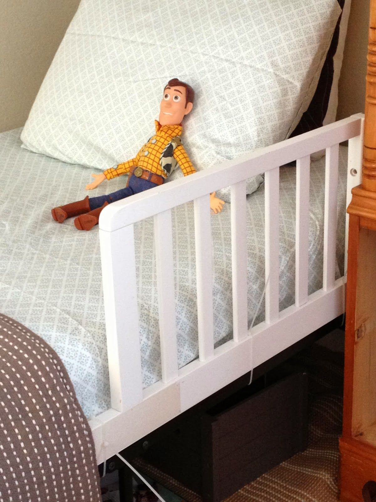 Best ideas about DIY Bed Rail . Save or Pin Diy safety rail for a toddler bed Now.