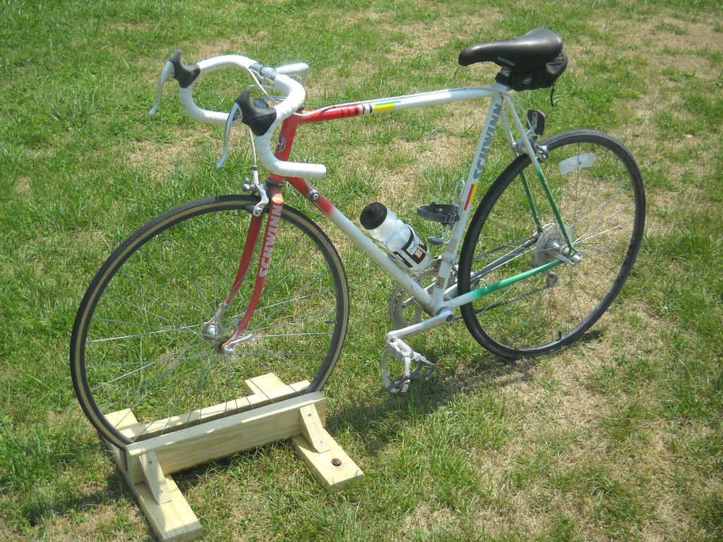 Best ideas about DIY Bike Stand Wood . Save or Pin DIY Bike Stand Now.