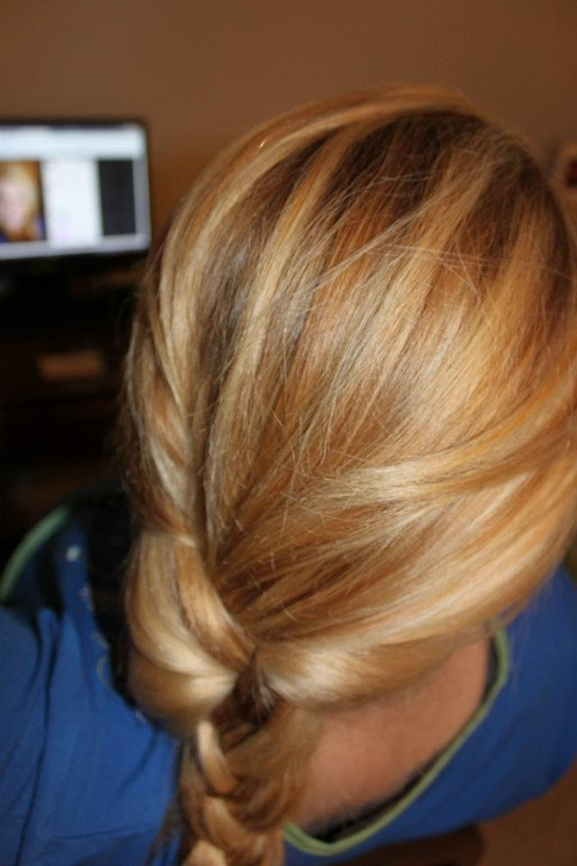 Best ideas about DIY Blonde Highlights . Save or Pin Blonde Highlights DIY Blonde Highlights and oversized Now.