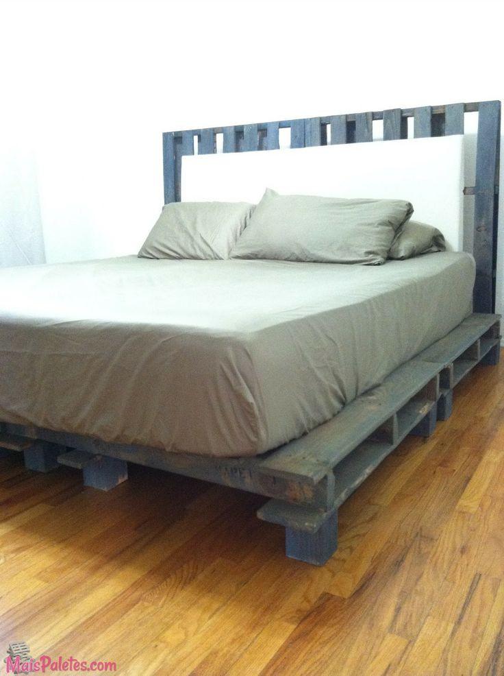 Best ideas about DIY California King Bed Frame . Save or Pin Cama e cabeceira de cama ambas feitas paletes Veja Now.