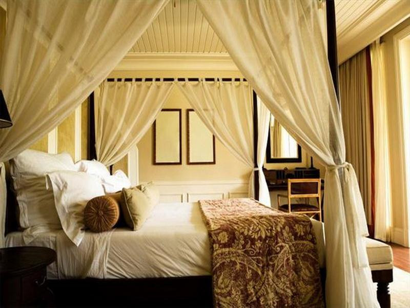 Best ideas about DIY Canopy Bed Curtains . Save or Pin 5 Inspiring Summer Bedroom Ideas Now.