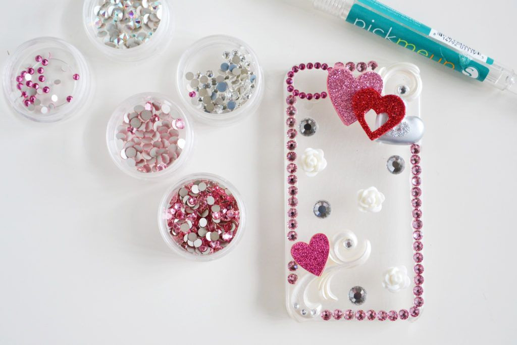 Best ideas about DIY Cell Phone Case . Save or Pin DIY Rhinestone Cellphone Case Now.