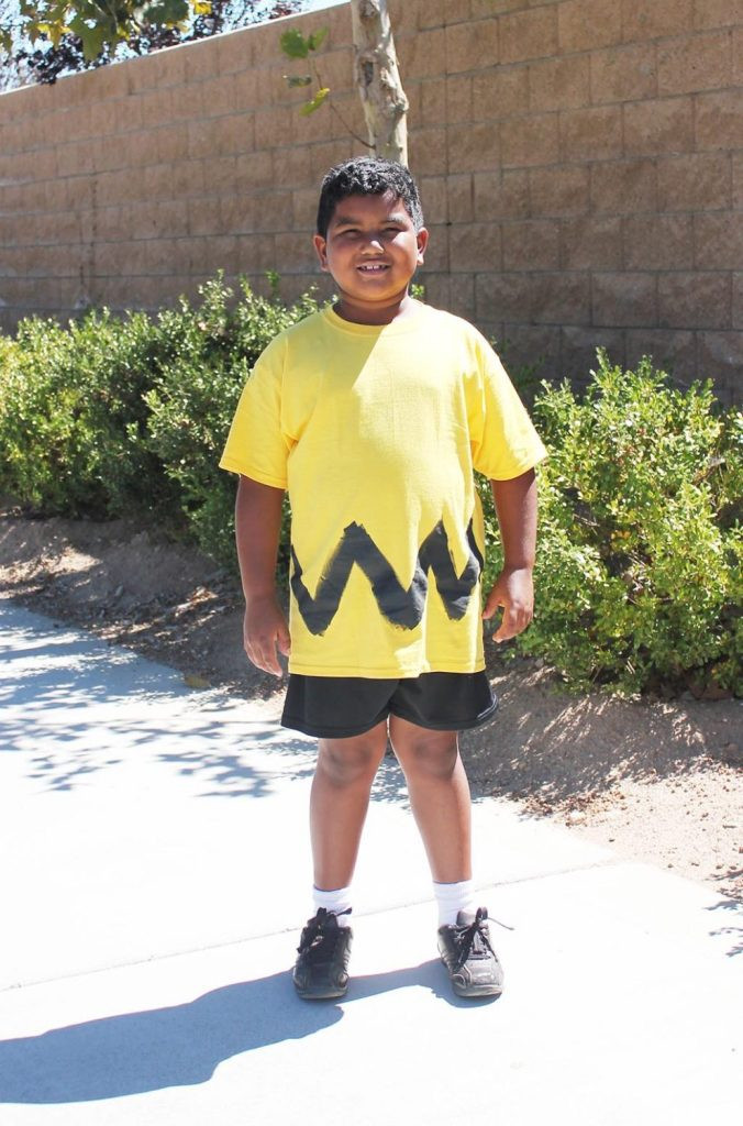 Best ideas about DIY Charlie Brown Costume . Save or Pin EASY DIY Charlie Brown Costume 10 Minutes 10 Dollars Now.