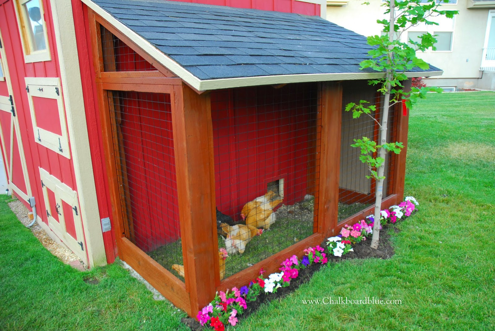 Best ideas about DIY Chicken Coops . Save or Pin Remodelaholic Now.