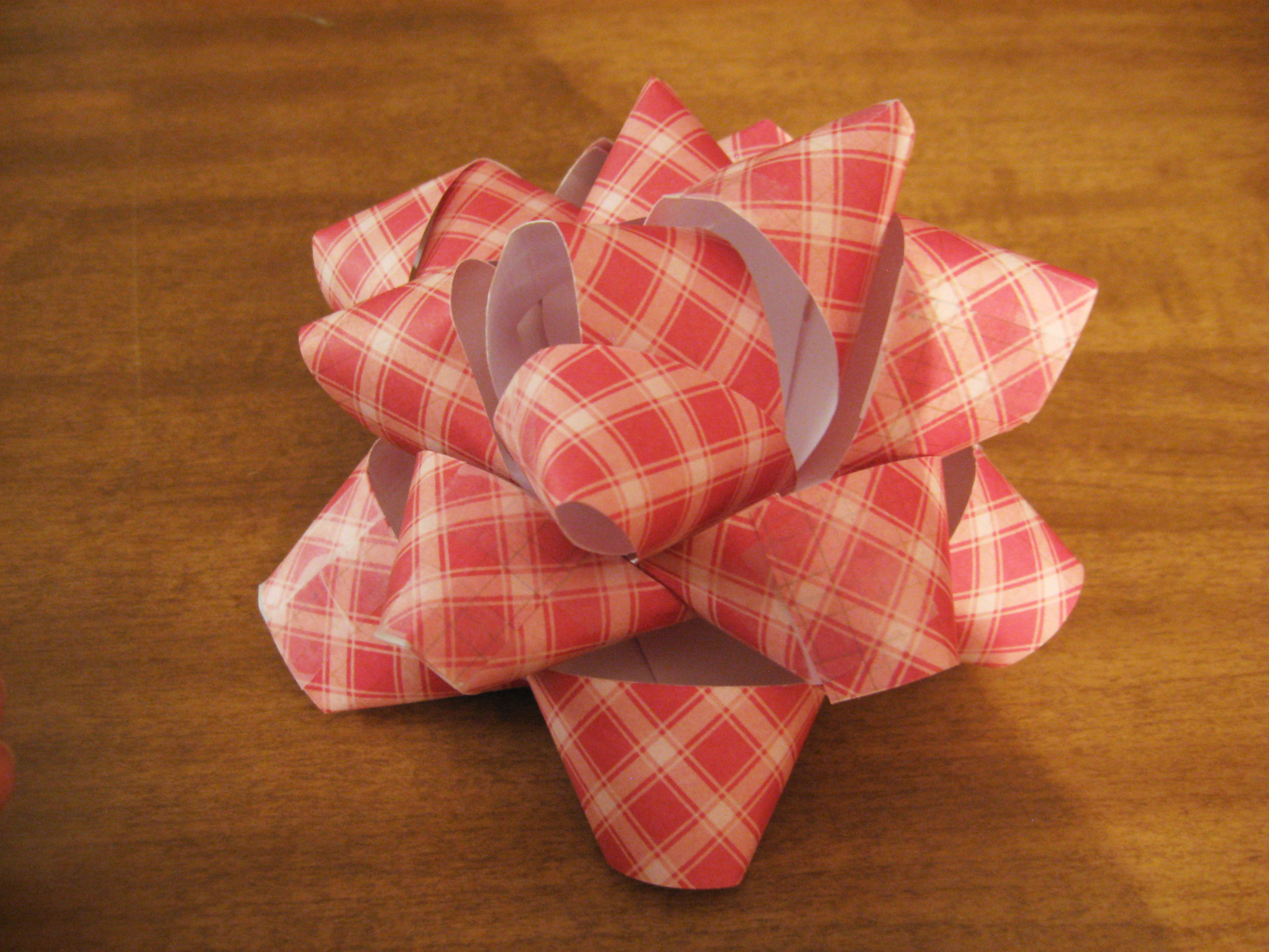 Best ideas about DIY Christmas Bow . Save or Pin DIY Gift Bow Now.
