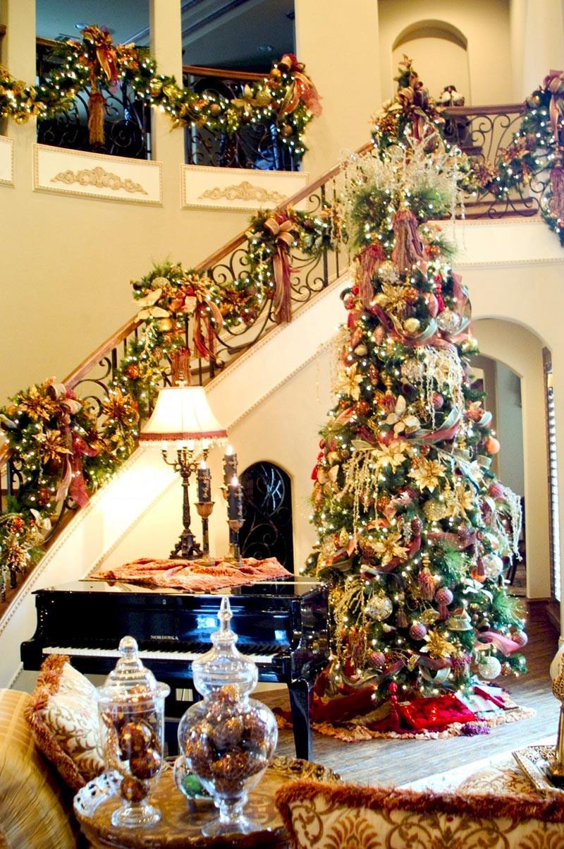 Best ideas about DIY Christmas Garland Ideas . Save or Pin DIY Christmas Garland Tutorials And Ideas Quiet Corner Now.