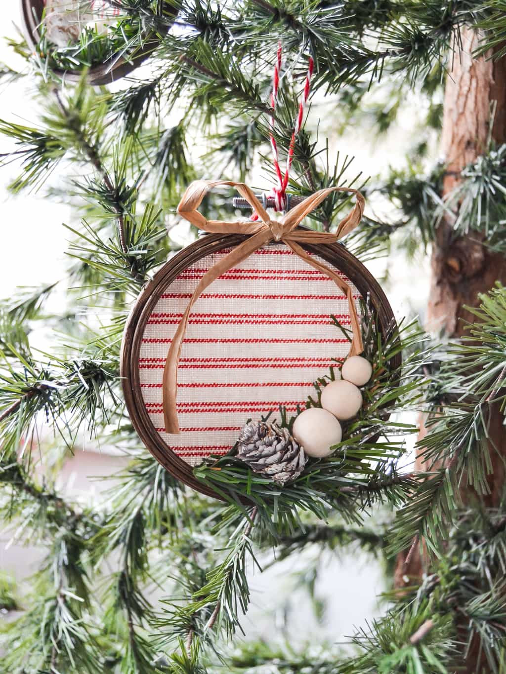Best ideas about DIY Christmas Ornament . Save or Pin Homemade Christmas Ornaments 90 Options My Creative Days Now.